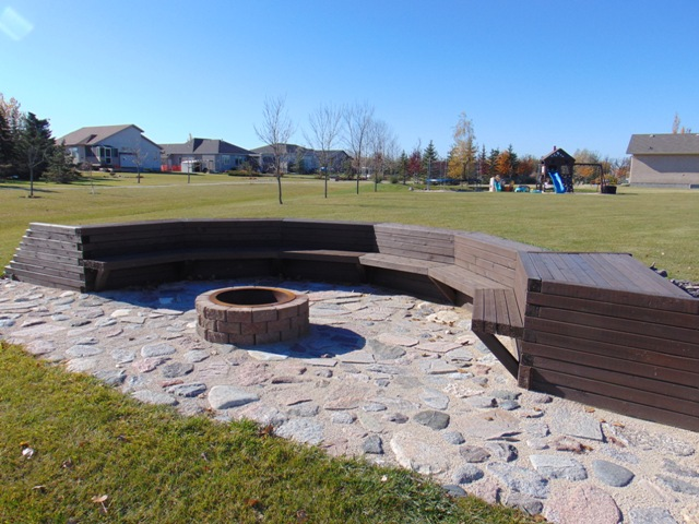 Landscaping & Fire Pit